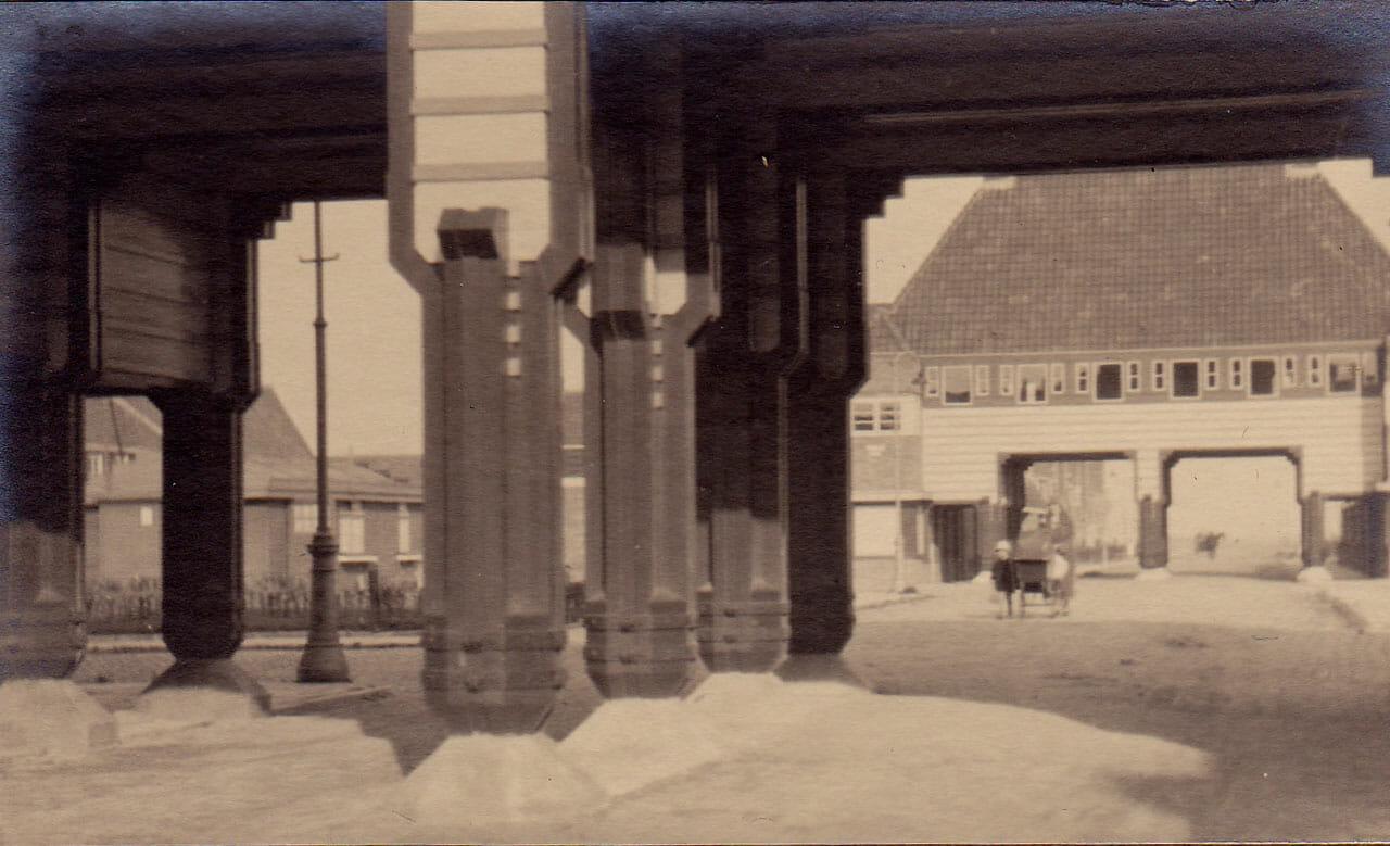 Beemsterstraat Poorten Met De Purmerweg Er Tussen
